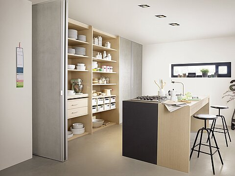 Falttür S300, silber eloxiert, Küche, imi Beton, Urban Structures, Matrix Eiche, Innensystem Legno, Einbauschrank, Schubkästen, Schubladen, unik, Folding door S300, silver anodized, Kitchen, imi concrete, Urban Structures, Matrix Oak, Interior System Legno, built-in closet, drawer, tray, unik